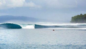 Floating Surf House Banyaks Surf Travel